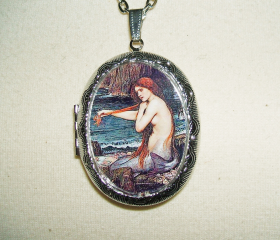 WATERHOUSE MERMAID Necklace LOCKET Mermaids Pendant Photo Holder Vintage Painting Image