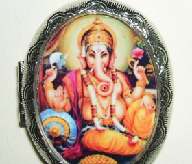 GANESH Necklace LOCKET Ganesha Elephant Pendant Photo Holder